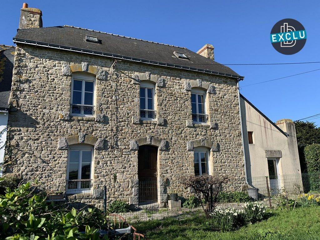 -sous compromis de vente - exclusivité plouharnel, maison située à proximité du bourg.